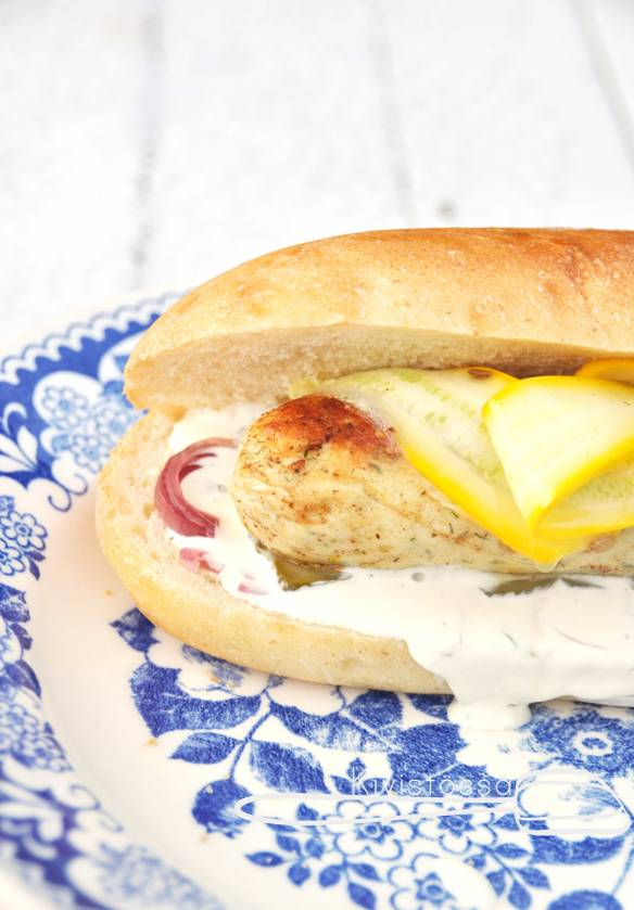 Hot-dog-and-pike-sausage-Kivistössä-blog
