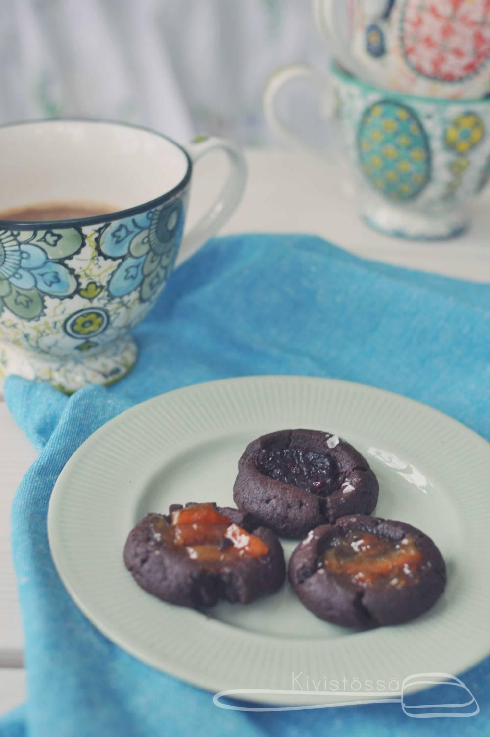 Chocolate thumbprint cookies. Kivistössä Foodblog www.kivistossa.com