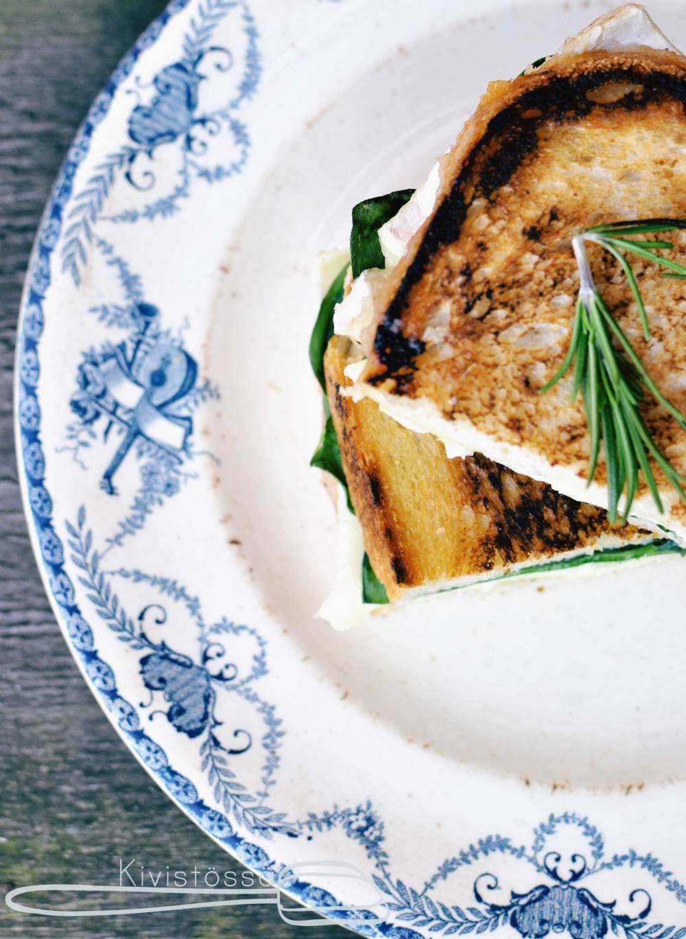 Grilled Cheese with Pear Jam, Rosemary and Brie - Kivistössä foodblog www.kivistossa.com